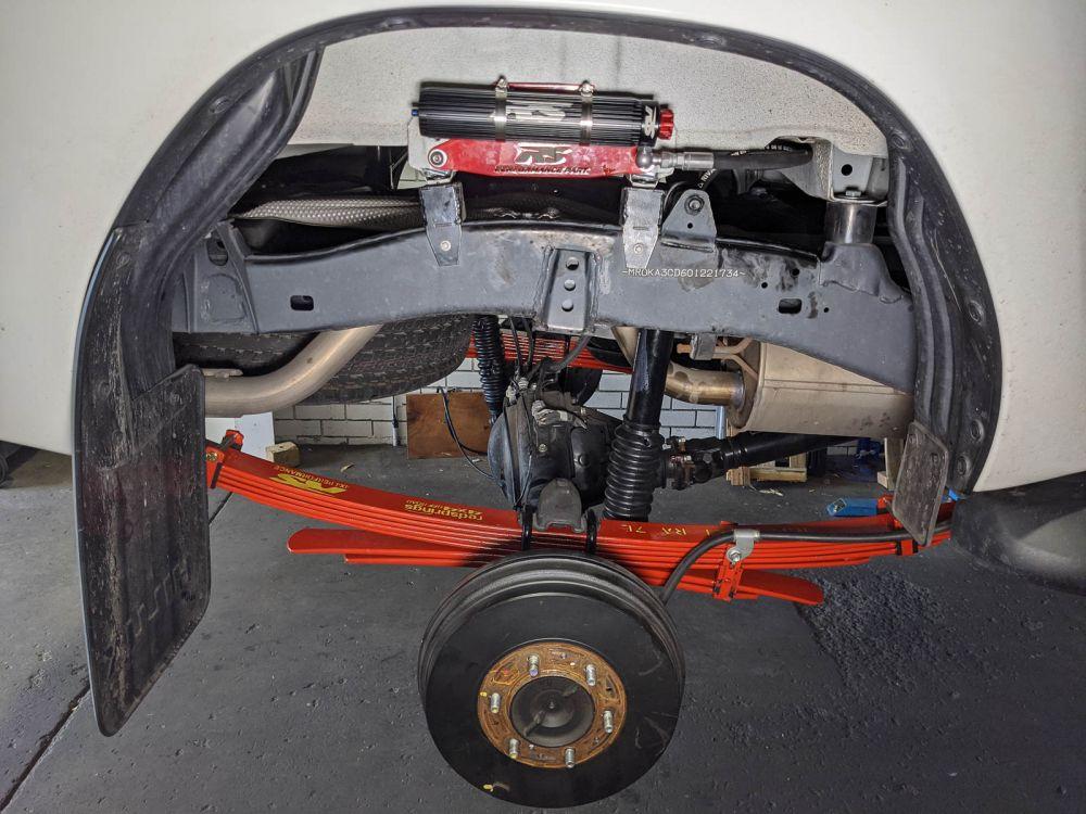 VMN Red Springs Remote Reservoir Full car suspension set to Suit  Toyota Hilux N80/Revo/Rocco/GGUN (4 Shock absorbers)