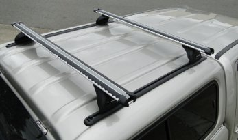 VMN offers EGR canopy roof racks weighing 80 kg and it includes Yakima whispbars.