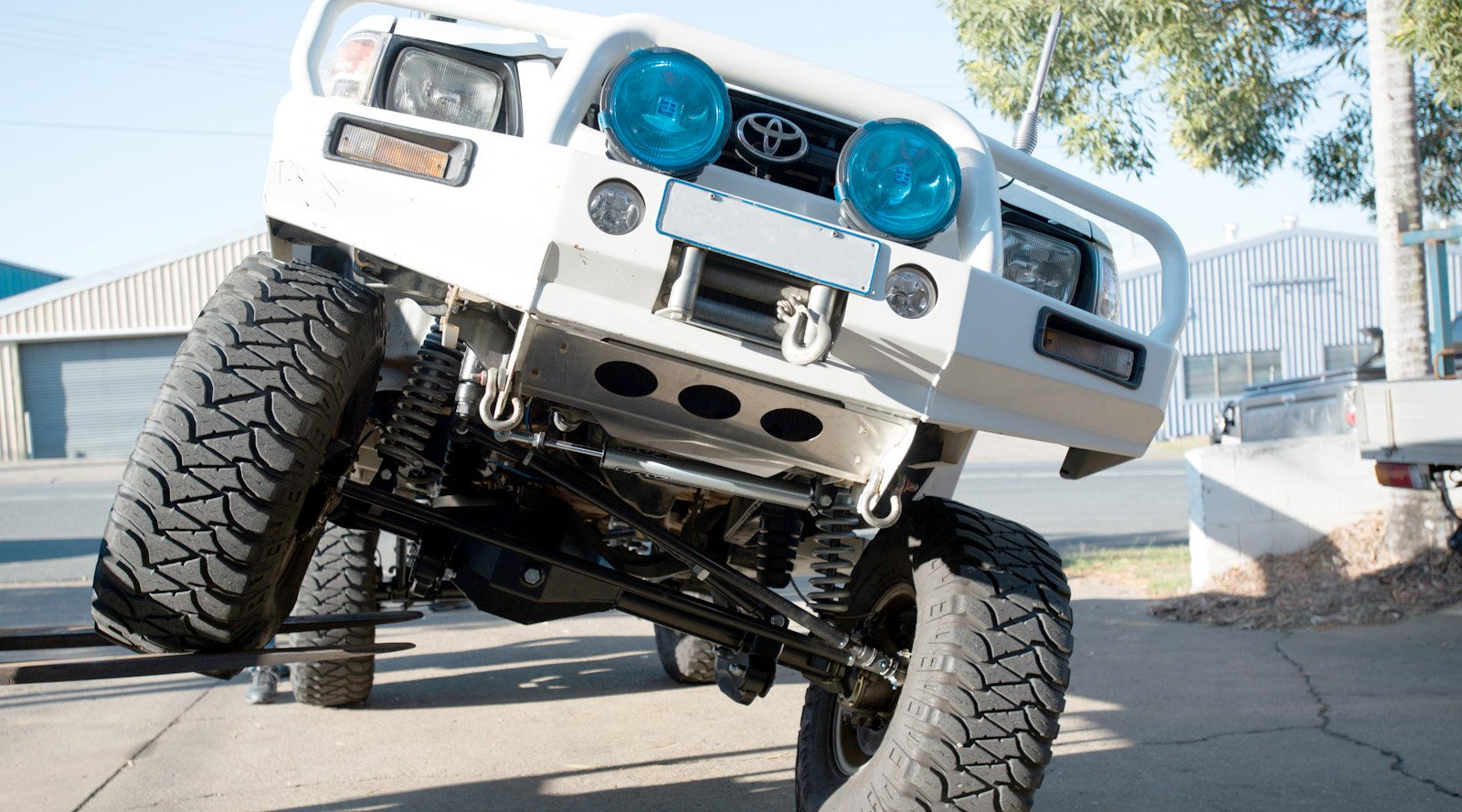 Solid Axle Swaps for the 2005 and on Hilux